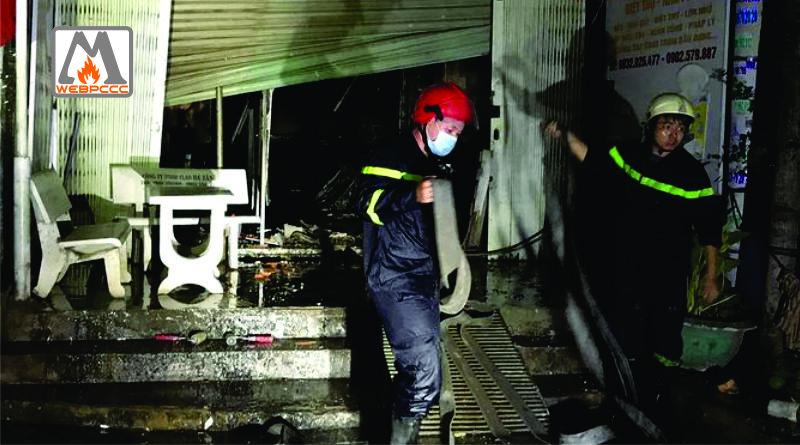 TP.HCM Cháy nhà 3 tầng, 4 sinh viên nhảy lầu thoát thân